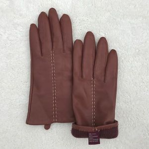 Leather Gloves. Ladies, by Etienne Aigner